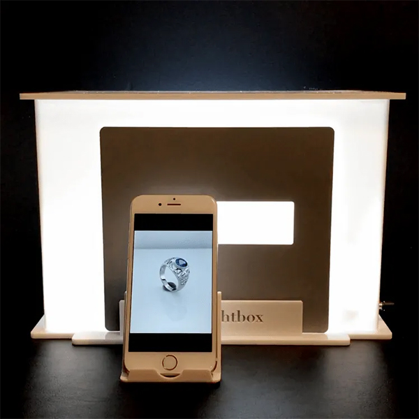 jewelry photography lightbox and smartphone