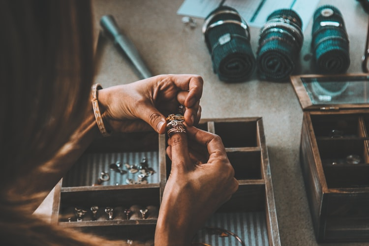 Ring photography for beginners - clean your jewelry before photoshoot