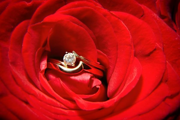 5 engagement ring trends this valentines day 2018