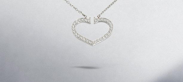 Jewelry background ideas - jewelry on a grey background