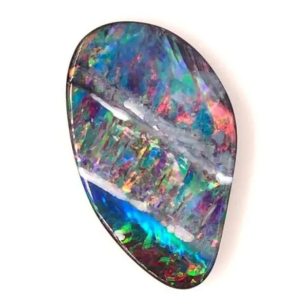 Loose opal captured using the GemLightbox for jewelry e-commerce