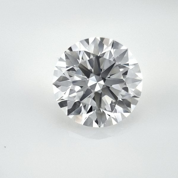 How to photograph diamonds using the GemLightbox