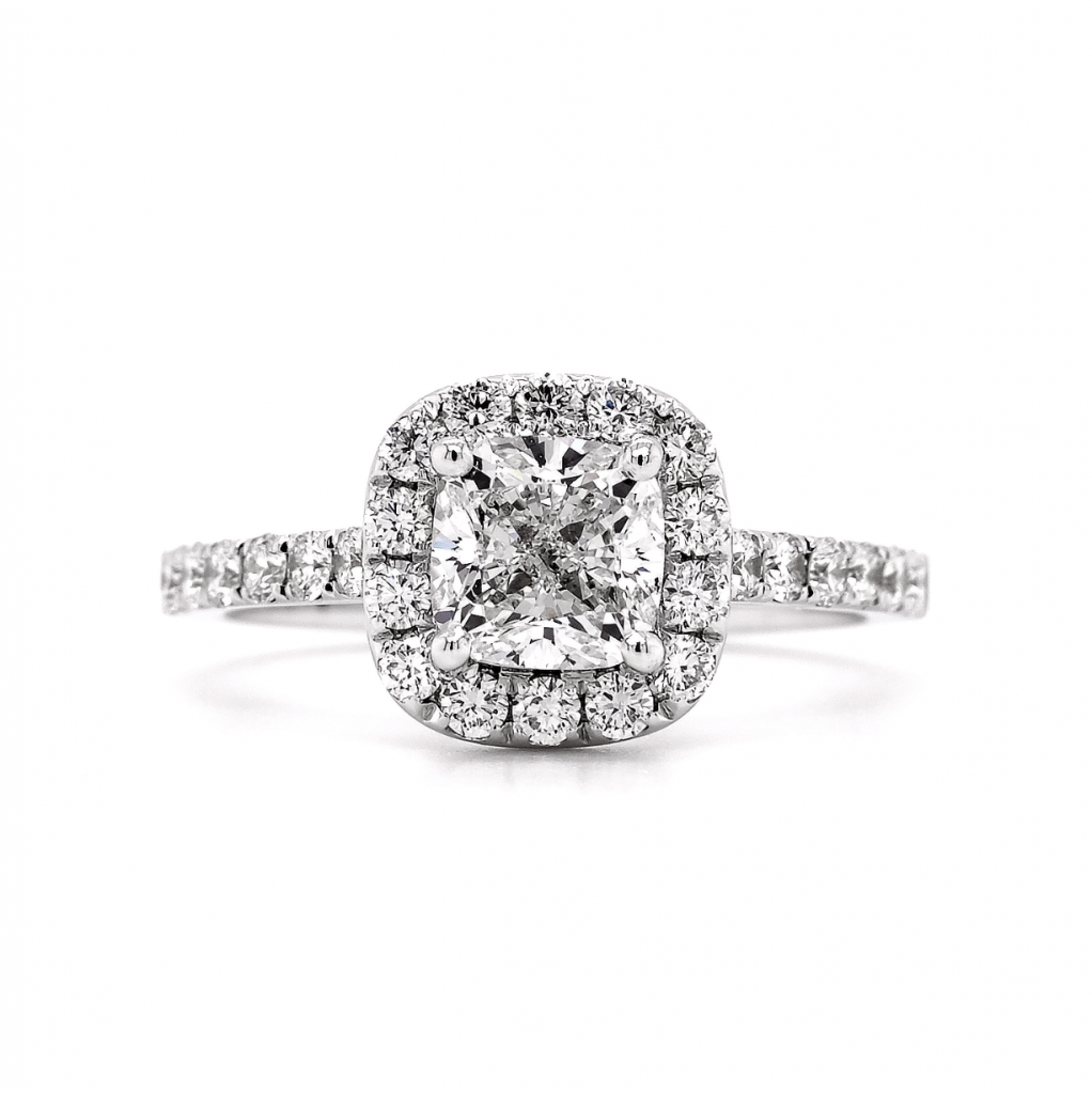 How to photograph a diamond ring - After retouching - DSLR camera