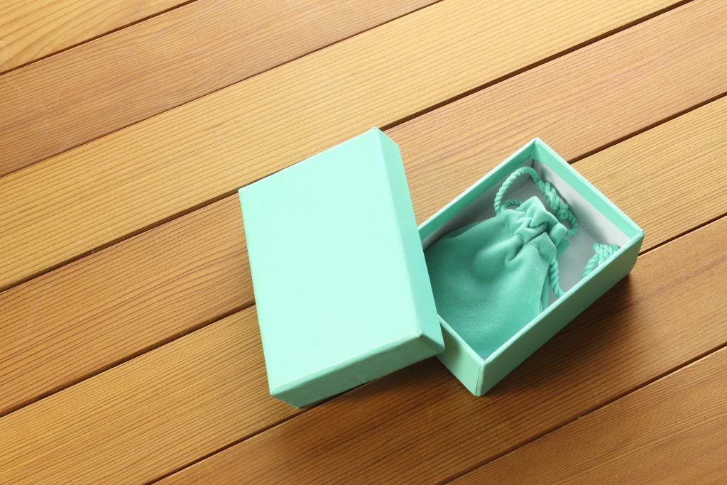 rethink your jewelry packaging materials