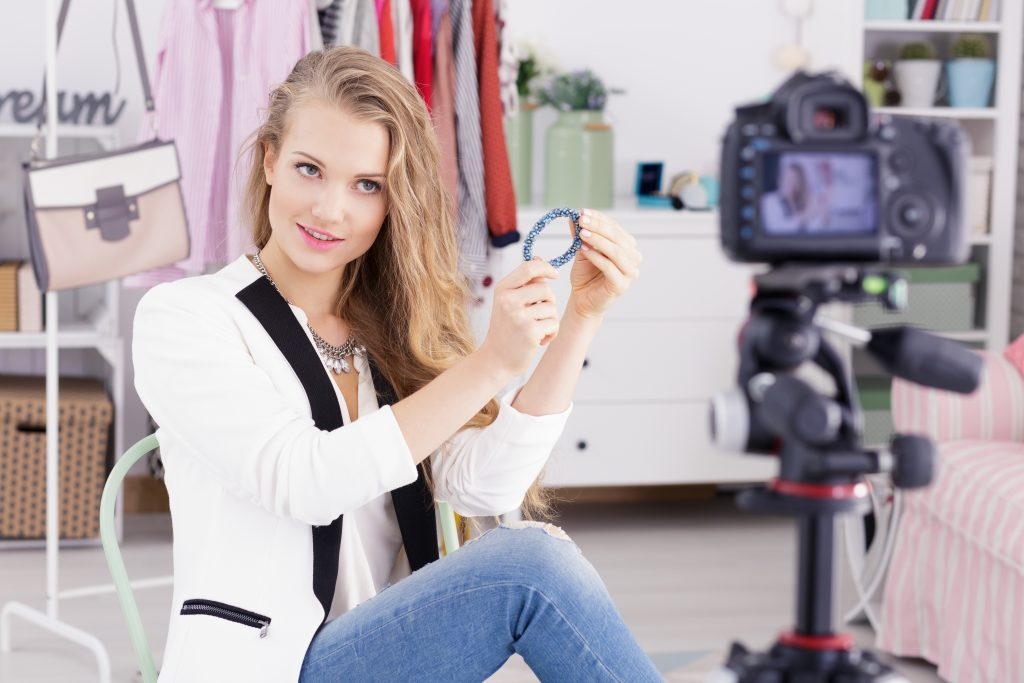 Video marketing trends - live selling