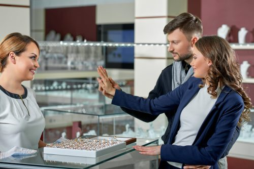 Jewelry Shopping Trends: 5 Ways Consumers Have Changed Since COVID-19