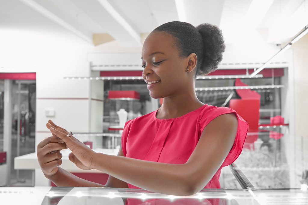 a jewelry virtual try-on increases the utilitarian and hedonic value for your customers