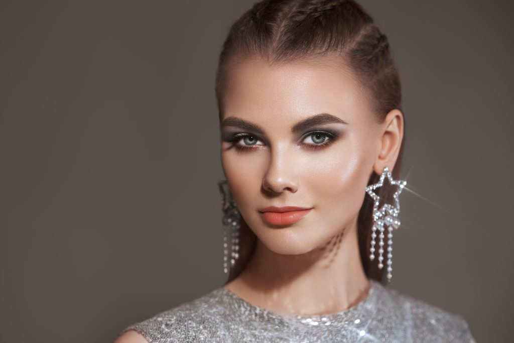 Make jewelry brand influencer the face of your new line or brand